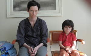 Tilda Swinton and Rocky Duer in 'We Need to Talk About Kevin'